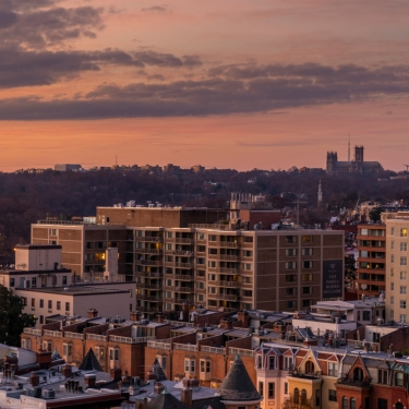 A landscape view of Washington, DC at sunset