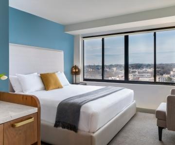 The King bedroom at Hotel Madera